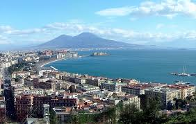 Napoli ieri oggi e domani